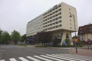 Gamla renoverade östbygget Hotel Skanpol